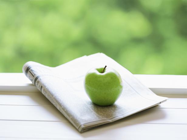 he_newspaper-apple-thinkstock_s4x3_lg